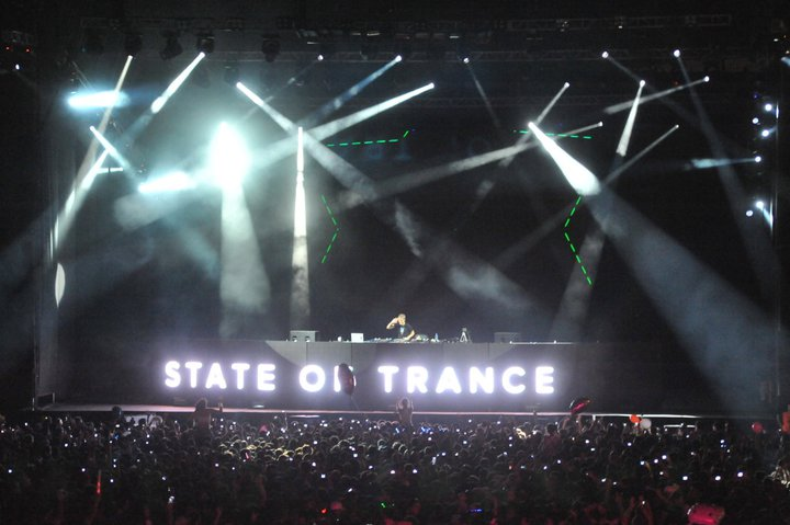 a state of trance 500 buenos aires crowd party